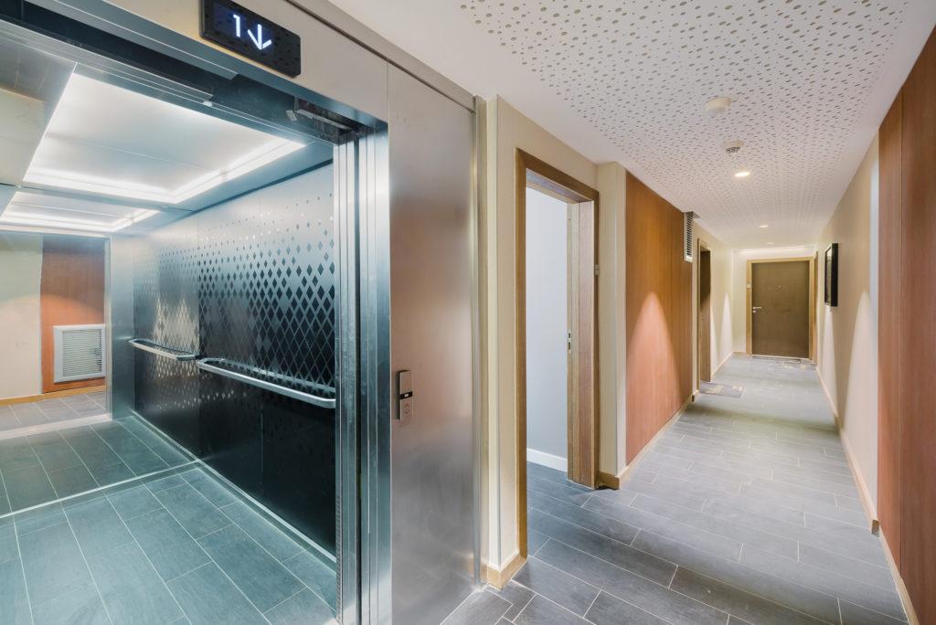 Ascenseur et parties communes - Le Platinium à Montpellier par M&A Promotion
