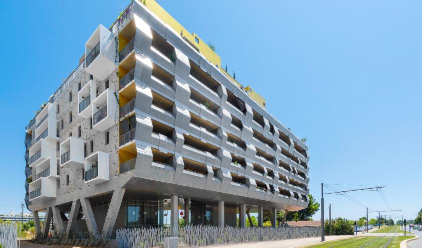 Vue générale côté tramway - Le Platinium à Montpellier par M&A Promotion