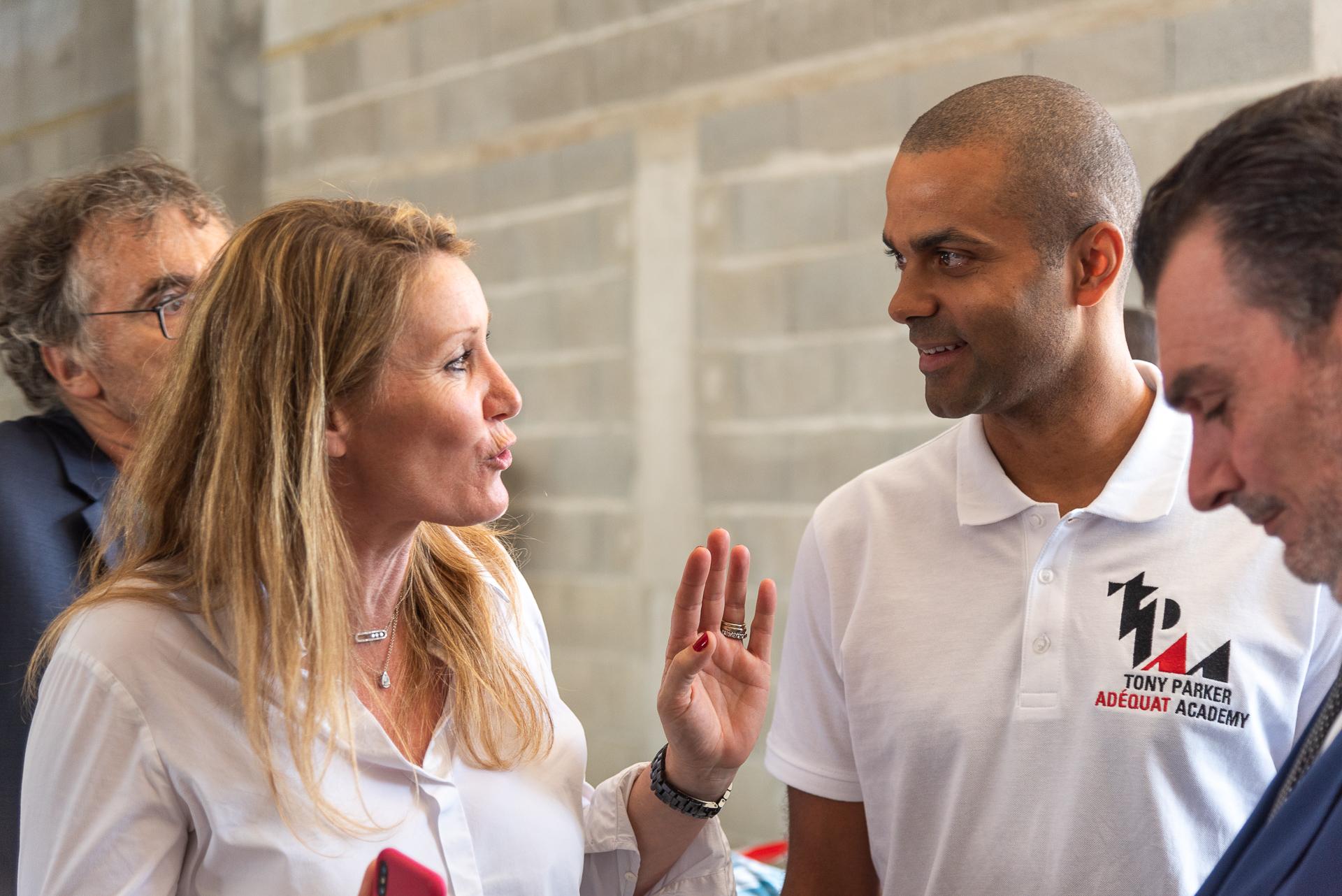 Florelle Visentin Klein, directrice d'OCEANIS Promotion, avec Tony Parker - Tony Parker Adéquat Academy à Lyon