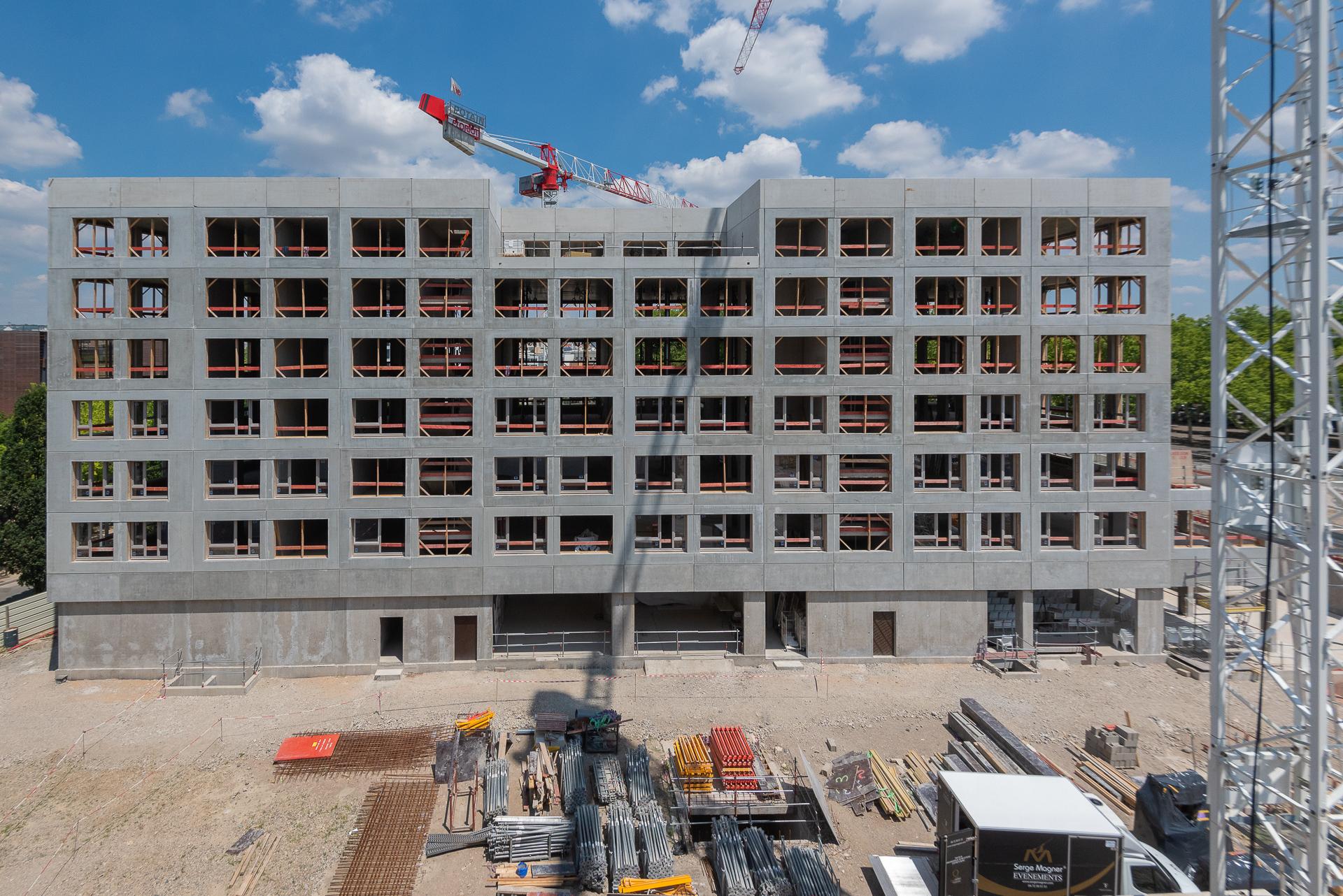 Bâtiment de logements en cours de construction - Tony Parker Adéquat Academy à Lyon