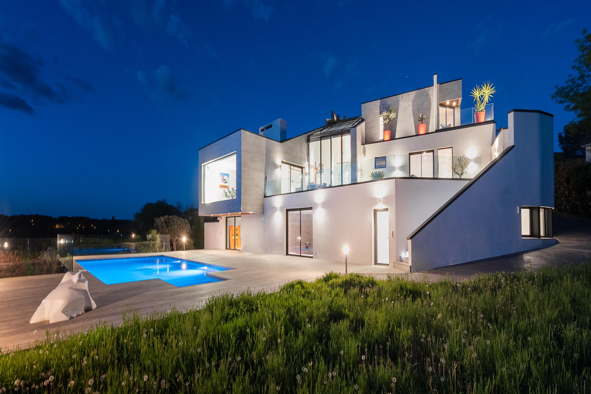 Vue globale d'une Villa de prestige à Castelnau-le-Lez - Agence Sotheby's Montpellier