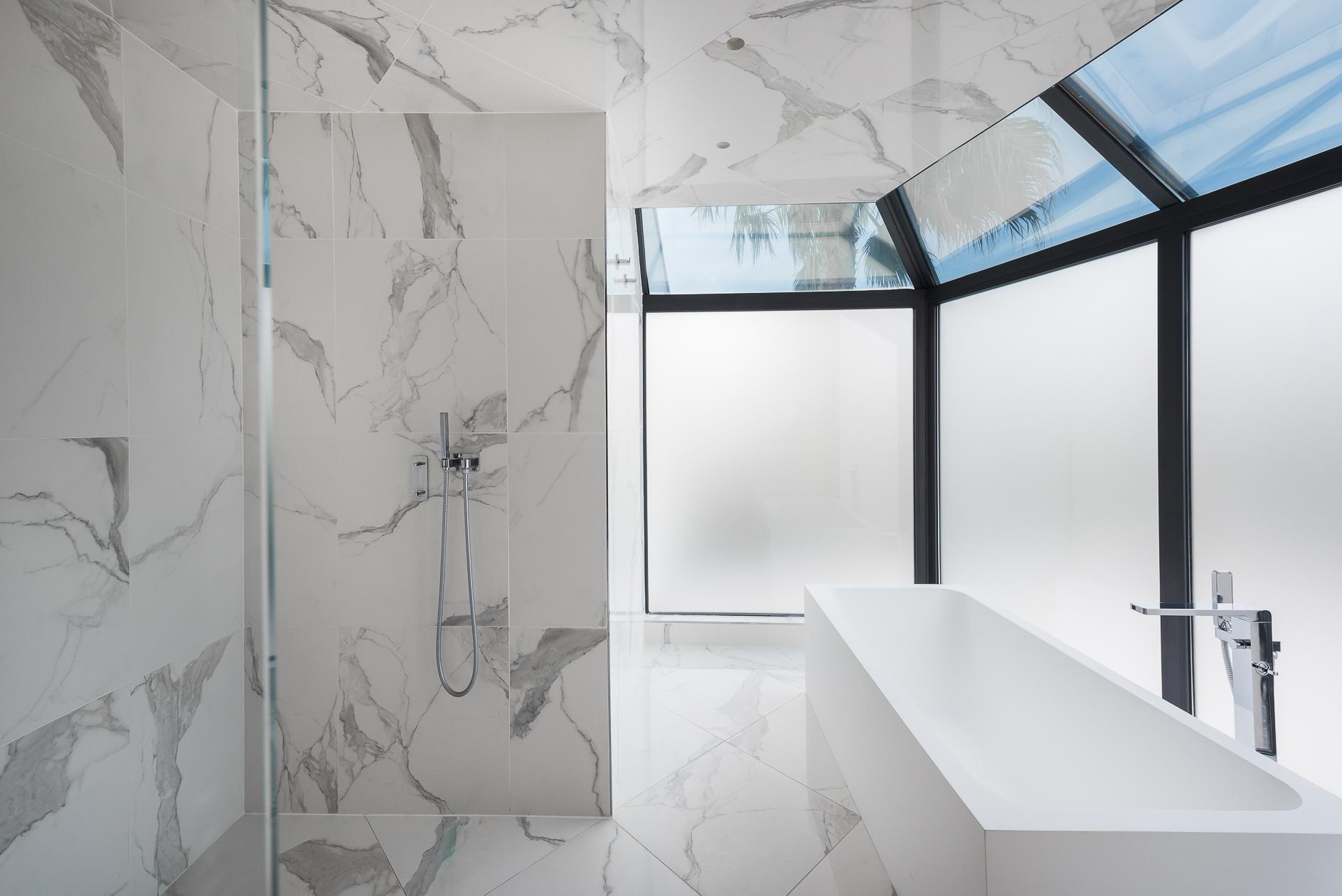 Salle de bain d'une Villa de prestige à Castelnau-le-Lez - Agence Sotheby's Montpellier