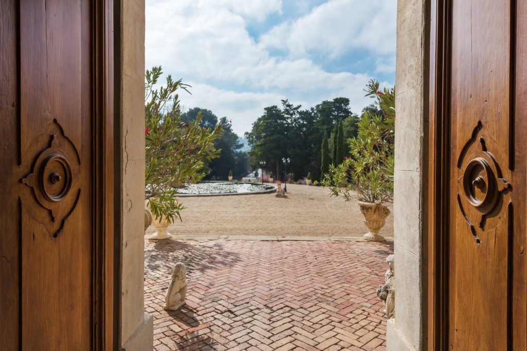 Sotheby's-Chateau de Barbegal